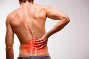 تسکین کمر درد با کایروپراکتیک
